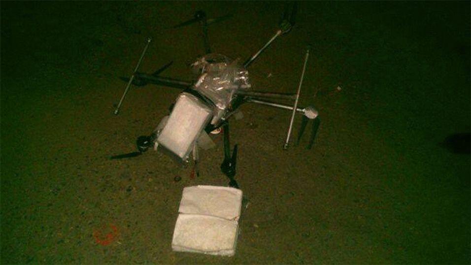 Amfetamin-drone krasjlandet på parkeringsplass