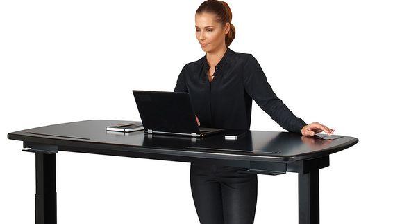 Denne «smarte» pulten skal gjøre PC-jobbingen mer komfortabel