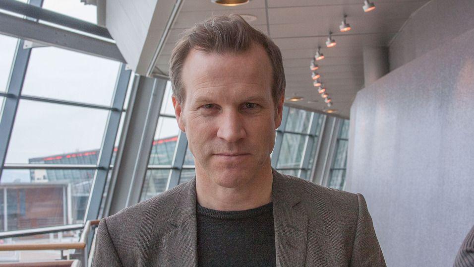 Telenors informasjonssjef Anders Krokan sier kunden er informert og har samtykket skriftlig.