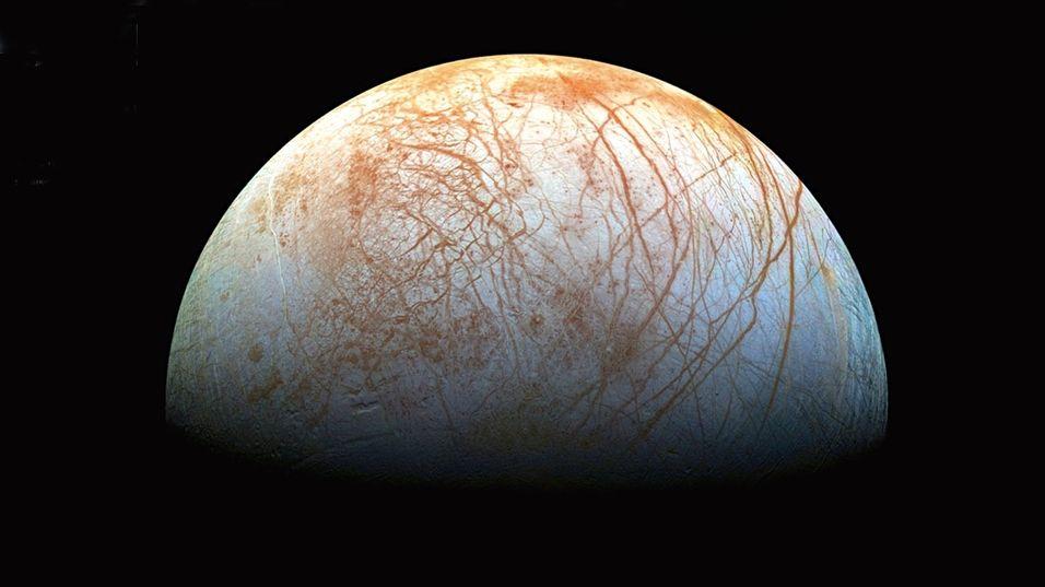 Europa er kanskje det stedet i solsystemet vårt forskere har størst forventninger om å finne liv.