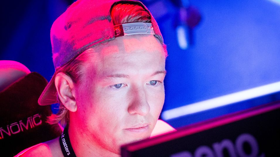 Håvard «rain» Nygaard og gutta i LGB eSports skal kjempe mot storlag denne helga.
