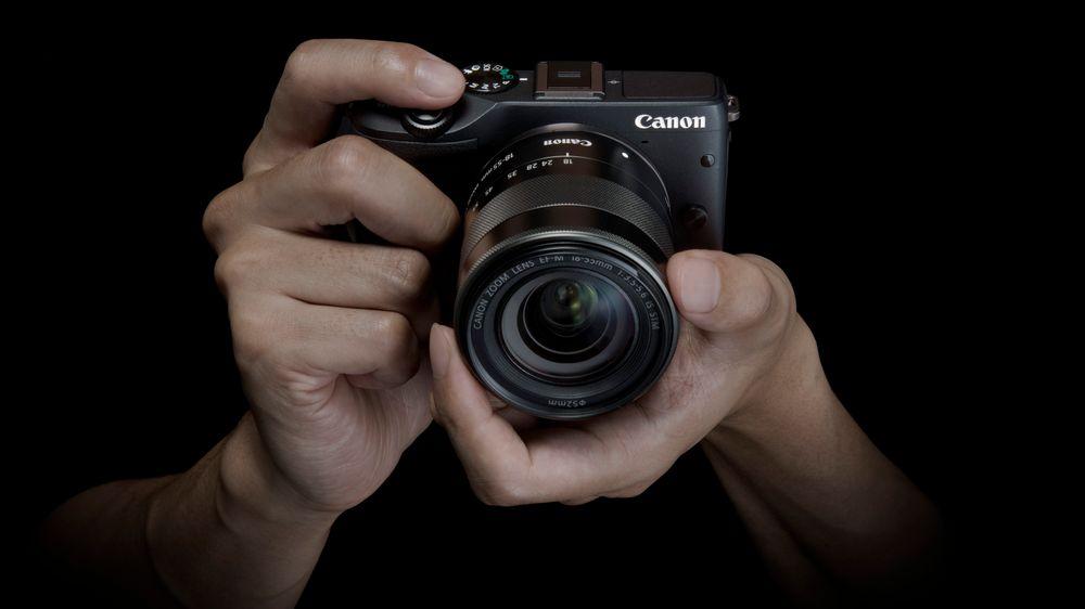 Canon EOS M3, speil- og søkerløst.