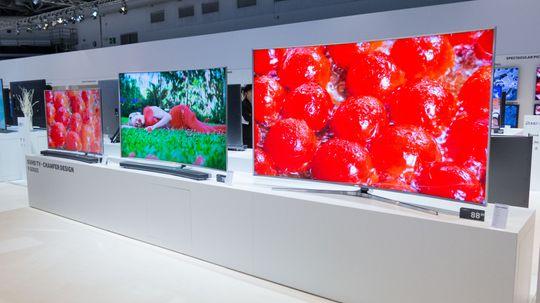 Samsung er en av produsentene som satser på kvanteprikker. Her representert med selskapet kommende toppmodell JS9505.