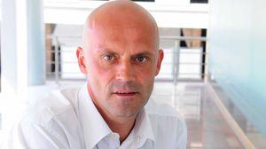 Talkmore-sjef Lars Christian Iuel opplever rekordvekst. På én måned har 10.000 nye kunder funnet veien til Telenors lavprisselskap.
