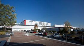 Tesla produserer alle sine biler ved sin fabrikk i USA.