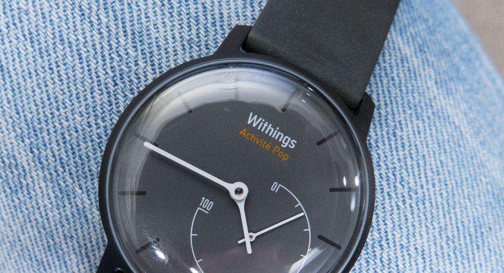 Withings Acitivté Pop er en helt annerledes aktivitetsmonitor. Den er forkledt som et nesten helt vanlig armbåndsur.