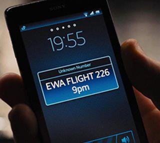 James Bonds smartmobil hvalp ham å ta imot en SMS. Kanskje ikke så imponerende.