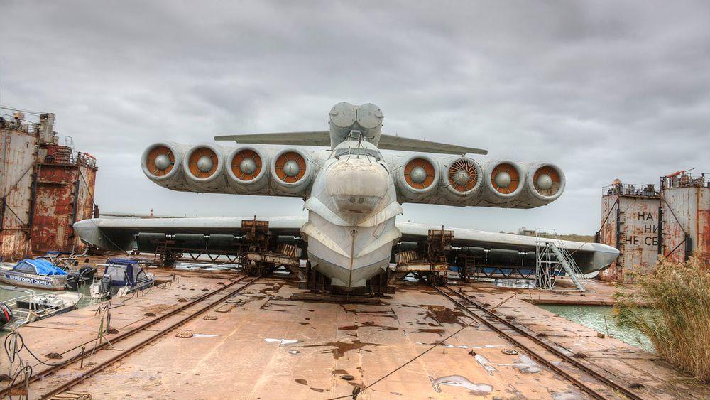 Ensom fugl: Prototypen på de russiske militære ekranoplanene ble bare bygget i ett eksemplar. Dette bildet viser LUN-klassen. Enkelte kilder hevder at minst ett til av disse ble påbegynt uten å bli sluttført.