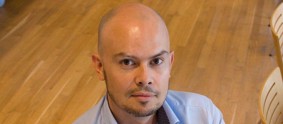 Frekvensdirektør John-Eivind Velure i Nkom sier det ikke er noe press fra mobilbransjen for å få tilgang til kringkasternes ledige frekvenser i Norge, foreløpig.