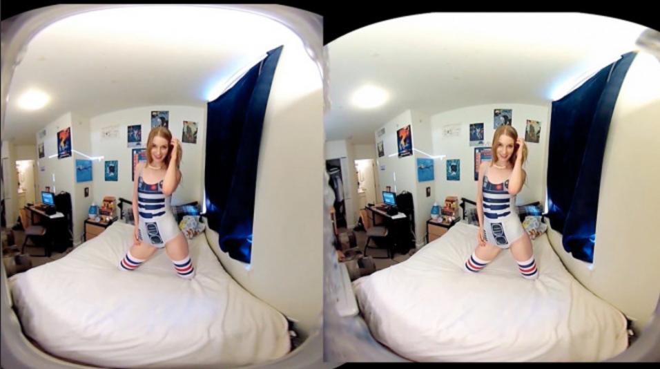 Ela Darling prøvespilte sin egen VR-pornofilm.