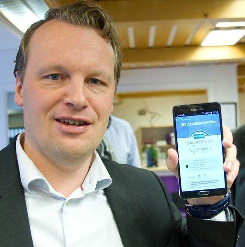 Teknisk direktør Jon Christian Hillestad i Netcom mener det skrives norsk telehistorie når de nå slår på LTE-Advanced i 4G-nettet.