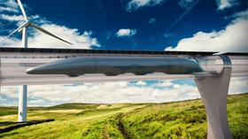 Hyperloop skal frakte folk gjennom rør i over 1200 kilometer i timen.