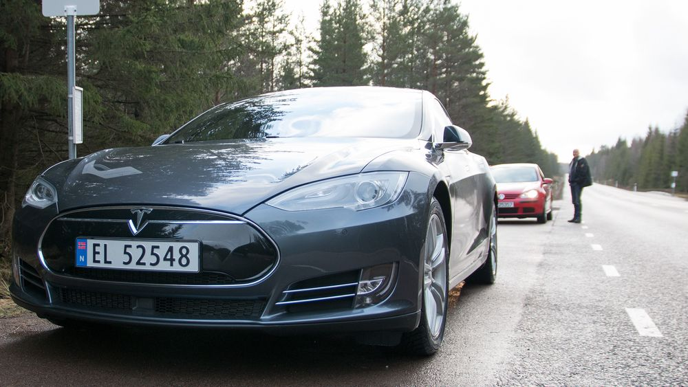 TEST: Tesla Model S P85D