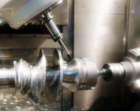 Amazon ser også på muligheten til å bruke CNC-maskiner i lastebilene, noe som vil gi mange flere muligheter.