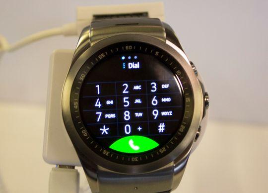 Du kan ringe ut fra Watch Urbane LTE.