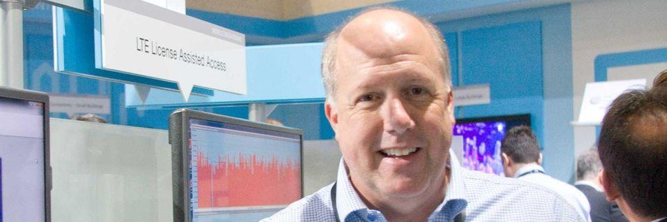 Lee Forland i Ericsson jobber med å utnytte de fritt tilgjengelige frekvensressursene i 5 GHz-båndet til å øke farten i LTE-nettet.