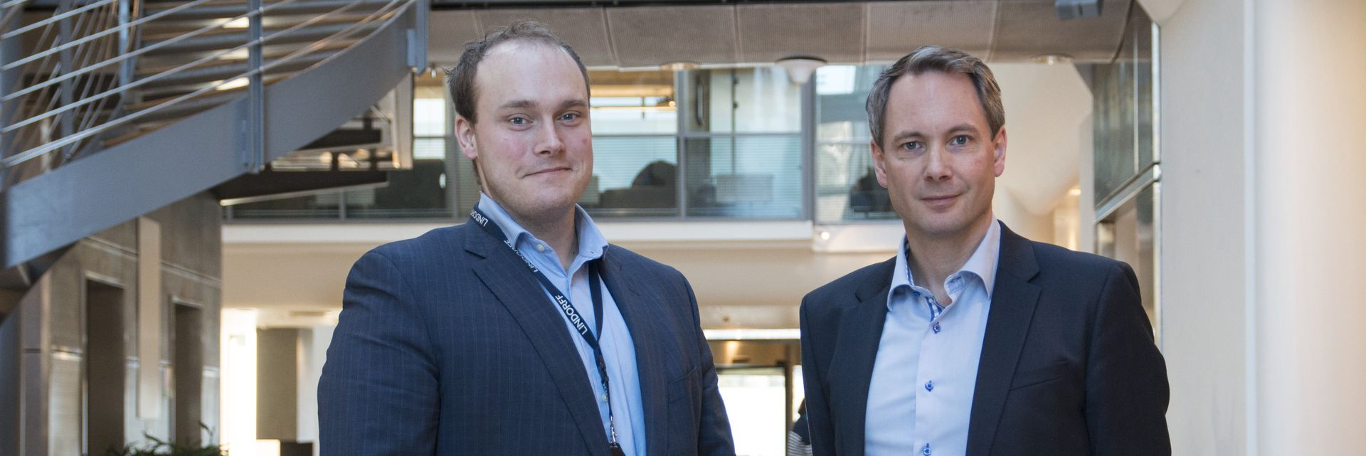Eirik Erstad, salgssjef i Lindorff (t.v.) og Erik Haugen, direktør for forretningsutvikling og innovasjon
