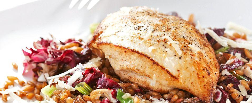 DAGENS RETT: Slik gjør du kyllingmåltidet enda sunnere og mer smakfullt