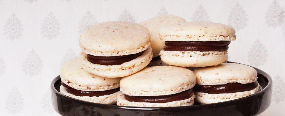 Makroner med snickerssmak