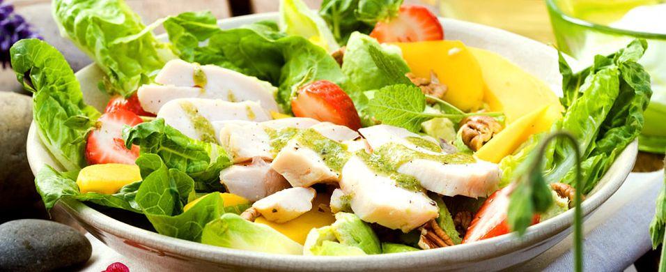DAGENS RETT: Dette er en salat du garantert blir mett og glad av