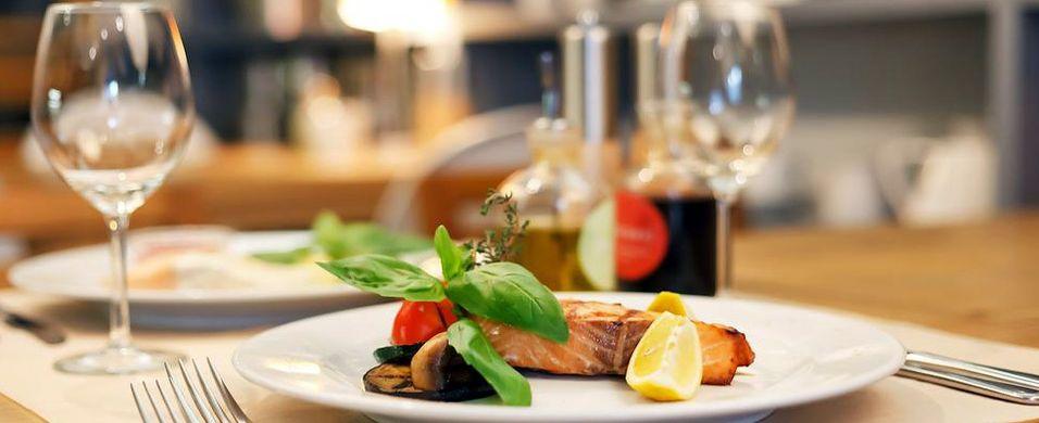 Lanserer nettbetaling for restauranter