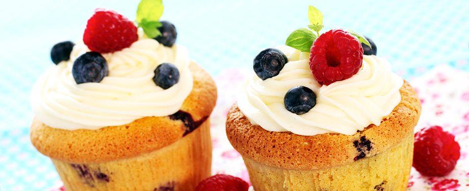 Ingen kan motstå cupcakes med blåbær og bringebær