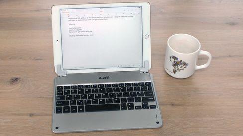 Dette A-Way-tastaturet kan åpnes fra 0 til 120 grader.