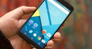 Den neste Nexus-telefonen får ifølge ryktene en mindre skjerm enn den seneste modellen Nexus 6, her avbildet.