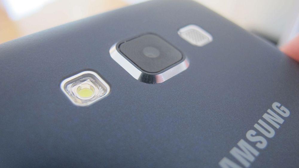 Galaxy A3 har fått et greit kamera.