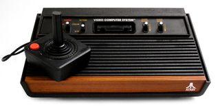 Atari 2600, spillkonsollen Bushnell var med på å skape (Foto: Creative Commons).