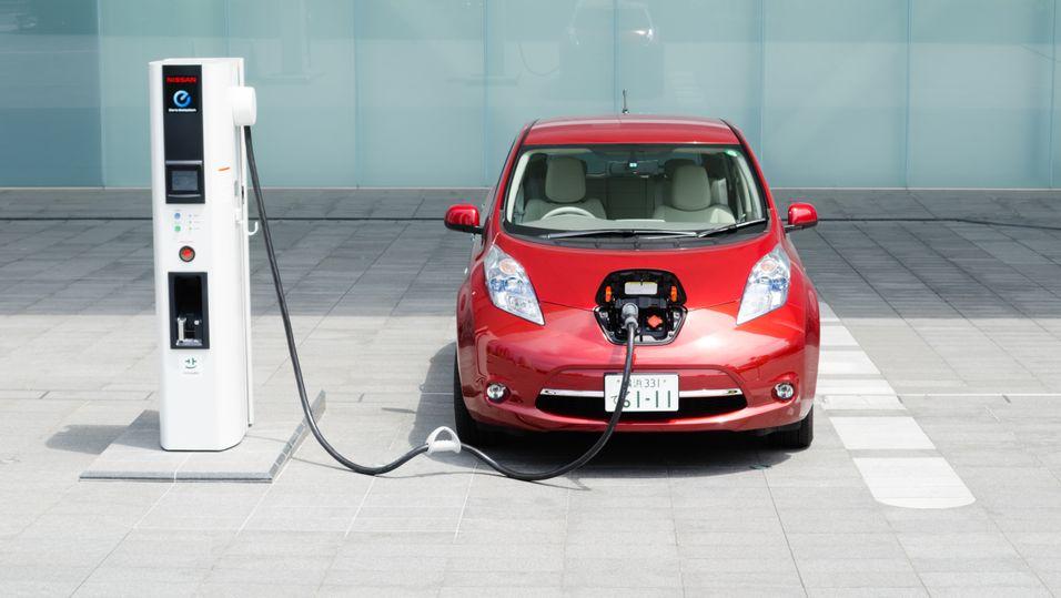 Selskapet som bygger Apples produkter skal begynne med elektriske biler