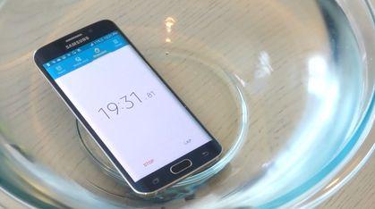 Hvor mye juling tåler egentlig Galaxy S6 Edge?