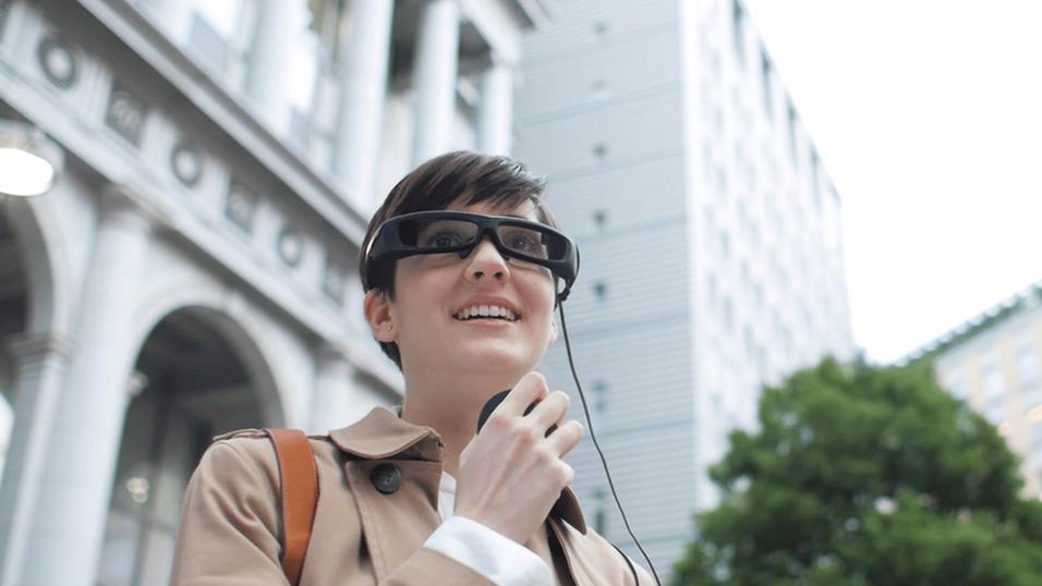Sony starter salget av «hologram»-brillene sine