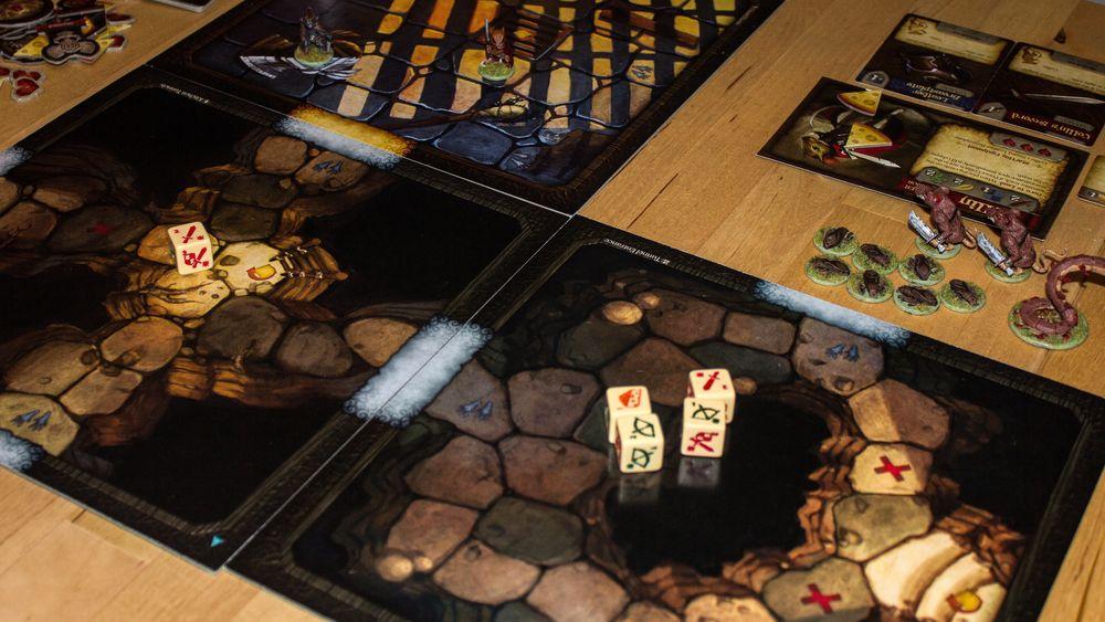 Spillet krever stor plass på bordet, men det ser flott ut.
