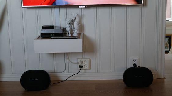 Du kan bruke to høyttalere som stereopar.