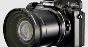 Superzoom og allværskamera fra Olympus