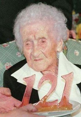 Jeanne Calment på sin 121. bursdagsfeiring.