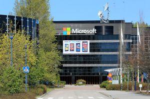 Microsoft kjøpte opp Nokias mobilavdeling i fjor.