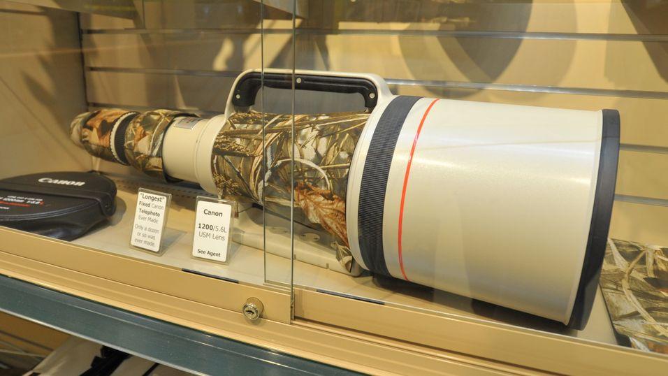 Sjeldent syn: Canons 1200mm superteleobjektiv.