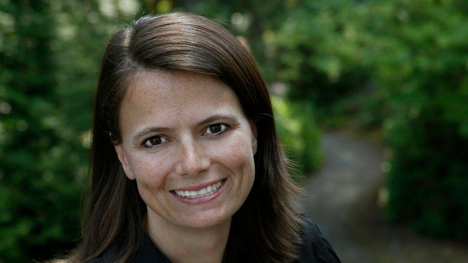 LUKRATIVE ABONNENTER: Microsofts finanssjef Amy Hood medgir at programvareabonnenter er kjekt å ha.