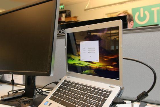 Chromebooken fungerte fint med to skjermer.