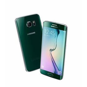 Samsung Galaxy S6 Edge i fargen Emerald.