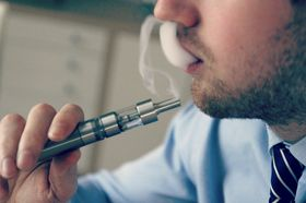 E-sigaretter kan hjelpe som en kortsiktig løsning, men etter 6 måneder er effekten borte.