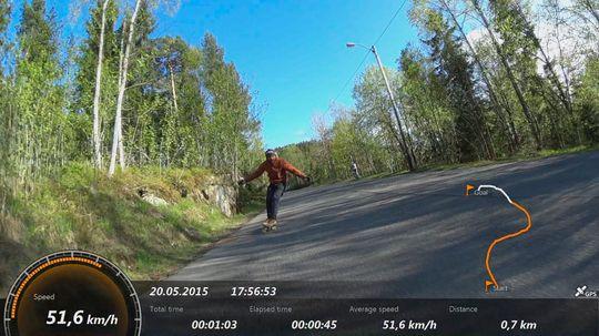 Med GPS-funksjonen kan du få opp fartsdata, og se hvor i løypa du er på filmen.