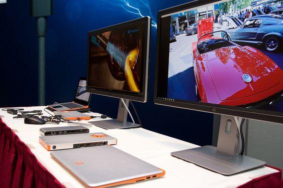 En rekke ulike skjermer, disker og dokkingløsninger var stilt ut.