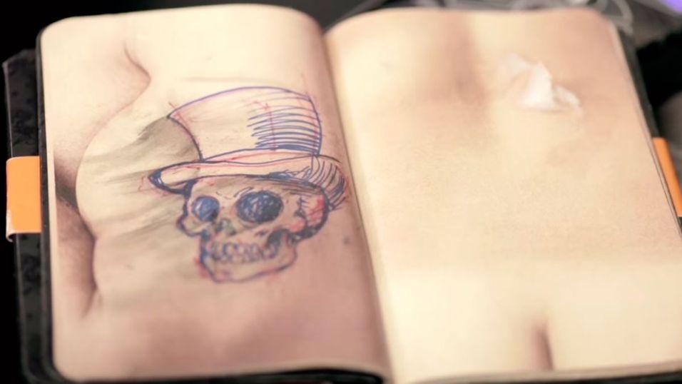 Bedre å lage dårlige tegninger i skisseboka enn på armen til en kunde.