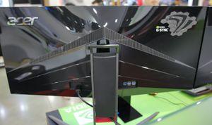 Predator X34 har en bakside også.