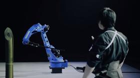 Her er den lynkjappe roboten klar til dyst.