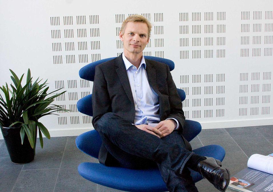 Direktør for samfunnskontakt i TDC Get, Øyvind Husby, forteller at selskapet vil kunne levere bredbåndshastigheter på opptil 10 Gbit/s ved hjelp av ny teknologi og ledige frekvenser.