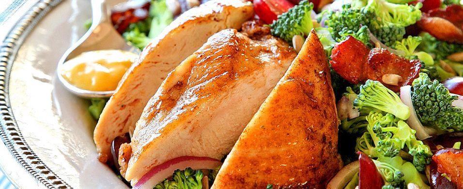 DAGENS RETT: Denne kyllingsalaten har du kanskje ikke prøvd